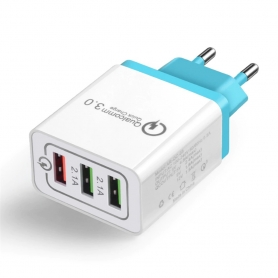 Incarcator adaptor de calatorie 3 x USB, 1xUSB Qualcomm Quick Charge 3.0 si 2xUSB QC 2.1 pentru iPhone iPad Samsung Huawei